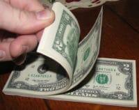 انخفاض الدولار في سوريا